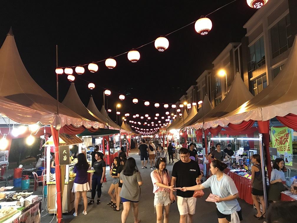 Night Market & Food-Trucks at CI Medini