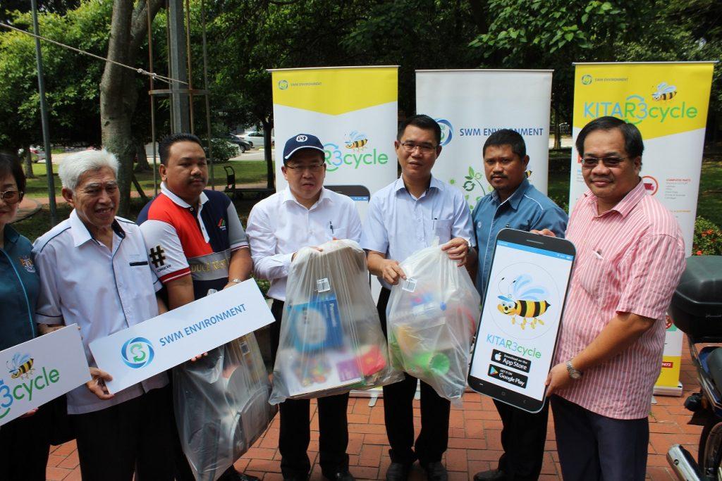 SWM Environment Looking Into Initiatives on Decomposing Food Waste