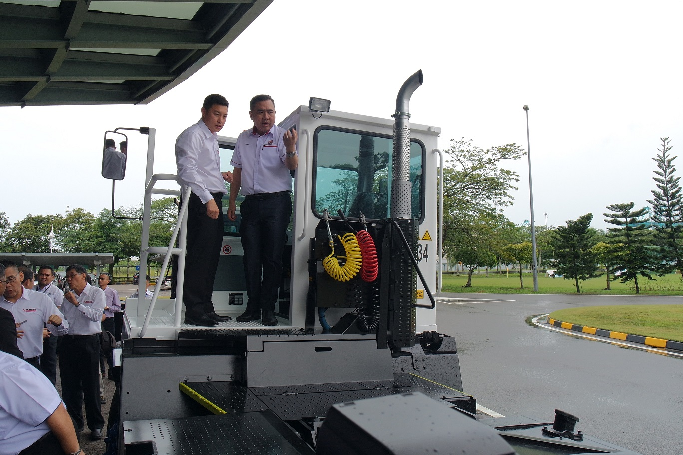 PTP, Terberg Tractors Malaysia and UTM Collaborates Towards Automation