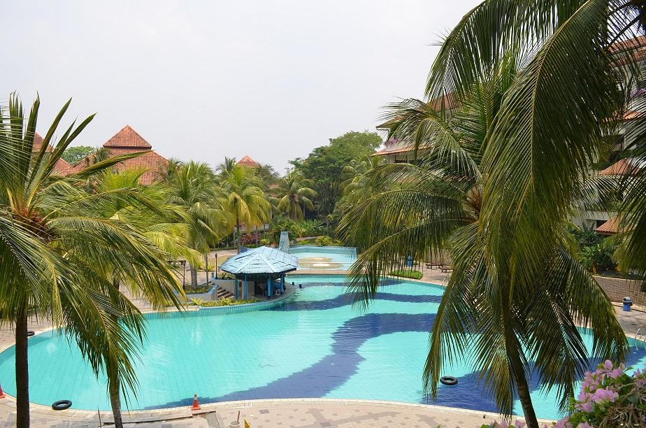 Naturally Splendid Escape at Le Grandeur Palm Resort – Part One
